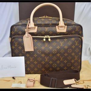 Authentic New Louis Vuitton Icare Travel Bag